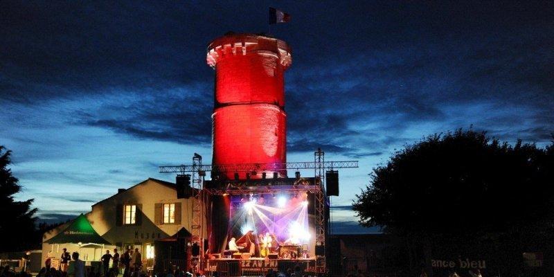 Du 15 au 18 août sur l'Ile de Ré, le festival tremplin Jazz au Phare mettra sur le devant de la scène les nouveaux talents du Jazz.