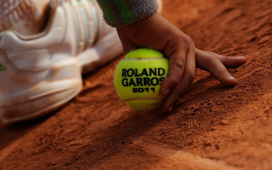 La direction du tournoi de Roland-Garros communique la liste des participants aux épreuves de simples messieurs et dames du tournoi de Roland-Garros 2016, qui se dérouleront du dimanche 22 mai au dimanche 5 juin prochain.