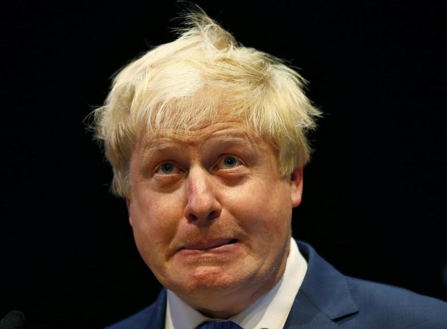 Boris Johnson compare l'Union européenne à Hitler.