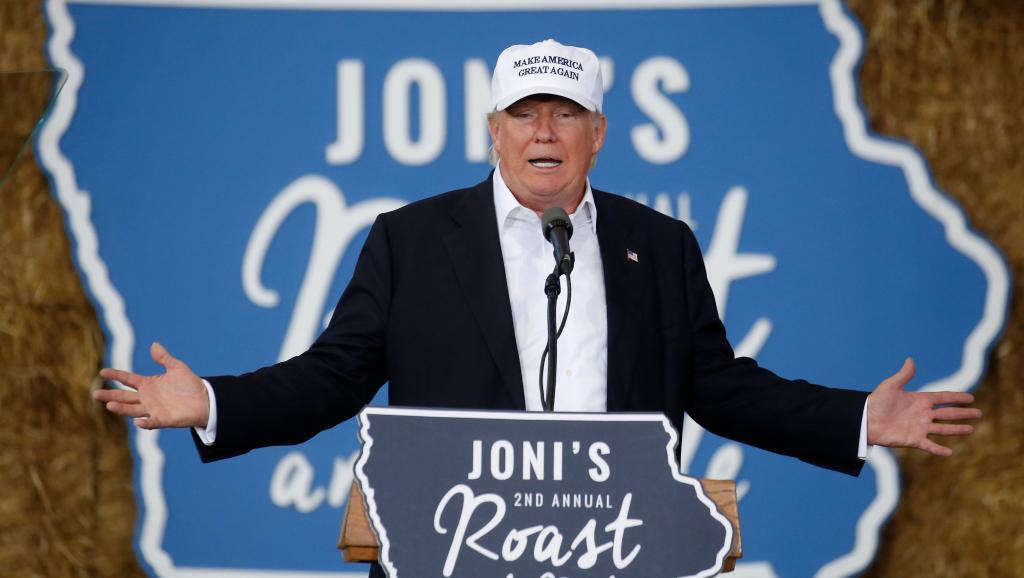 Donald Trump a promis samedi qu'il expulsera tous les immigrés clandestins du territoire américain dès le premier jour de son mandat