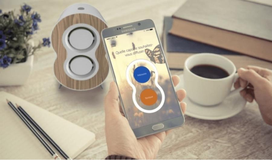 Aroma Care, votre nouveau compagnon santé & bien-être, est un diffuseur d'huiles essentielles connecté avec votre smartphone via une application mobile.