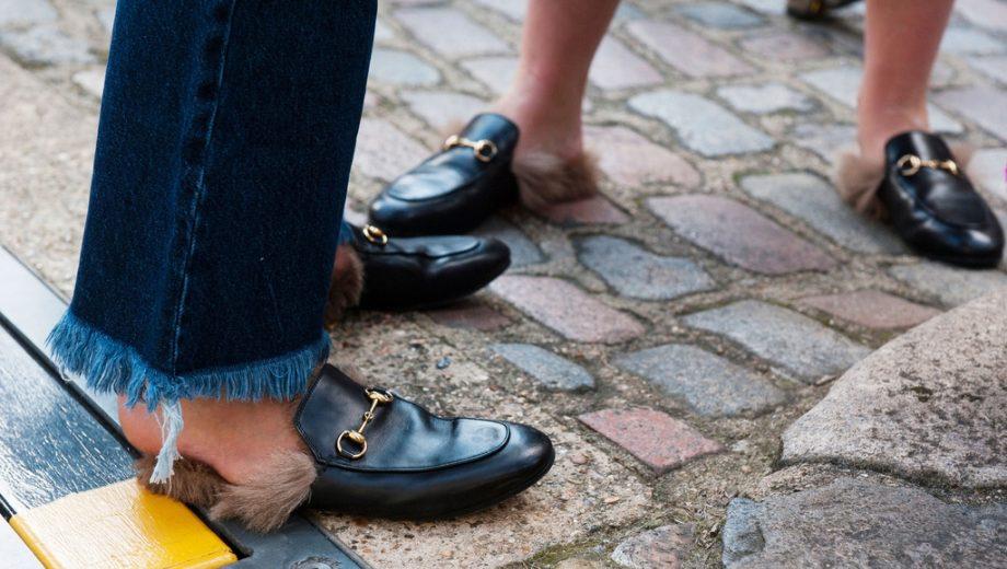 39d3e6aec186 Des pieds de yéti   retour sur la tendances des mocassins à poils Gucci