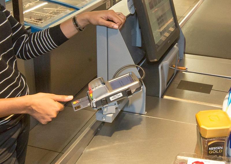 MasterCard teste la carte bancaire biométrique