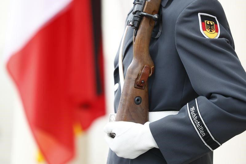 Arrestation d'un soldat allemand suspecté de préparer un attentat