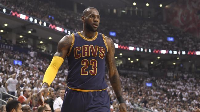 LeBron James devient le meilleur marqueur de l'histoire des play-offs NBA