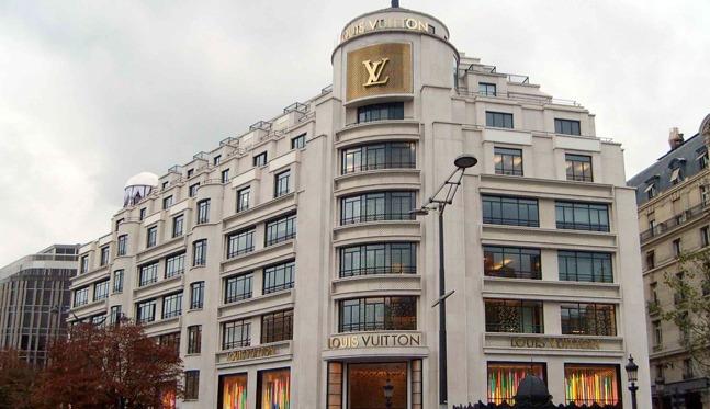 3e19c4a6fdbf Tentative de braquage dans la boutique Louis Vuitton des Champs-Élysées