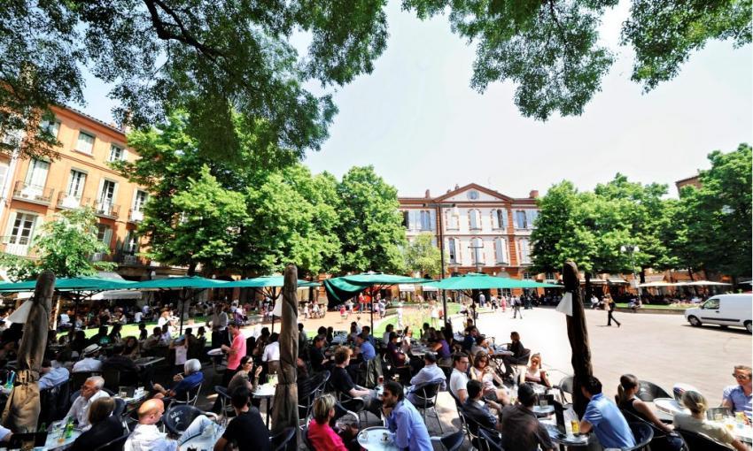Les cafés de la Place Saint Georges