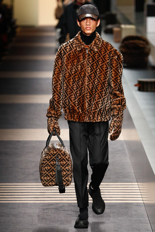 Prada, Moschino, Armani... Récap  de la Fashion Week Homme de Milan 88ce7126ce2