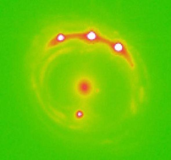Des scientifiques découvrent les premières planètes en dehors de notre Galaxie — Exoplanètes