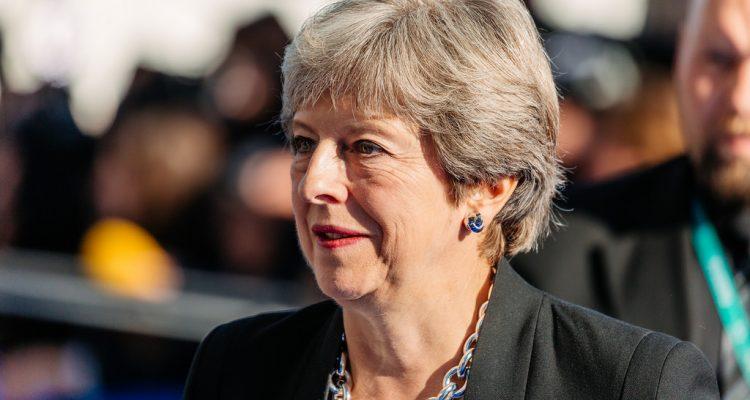 Brexit : Theresa May annonce qu'elle conduira désormais les négociations