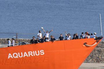 Le navire Aquarius à 29 juin 2018 dans le port de Marseille. — Boris HORVAT / AFP
