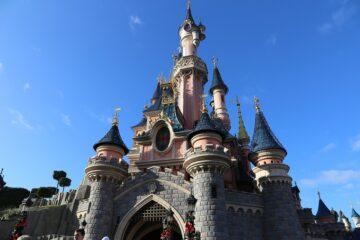 Disney propose deux nouveaux pass pour couper les files d'attentes. (crédit : Pixabay / LauraTara)