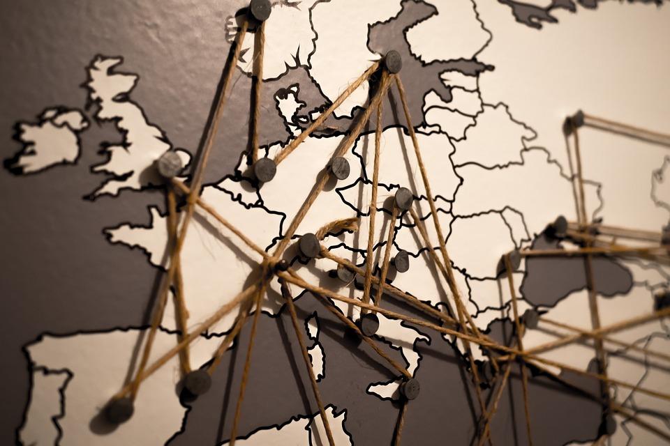 """débat """"enseigner et apprendre l'Europe à l'école"""", le 11 octobre 2018, à Paris. Crédit : Pixabay"""