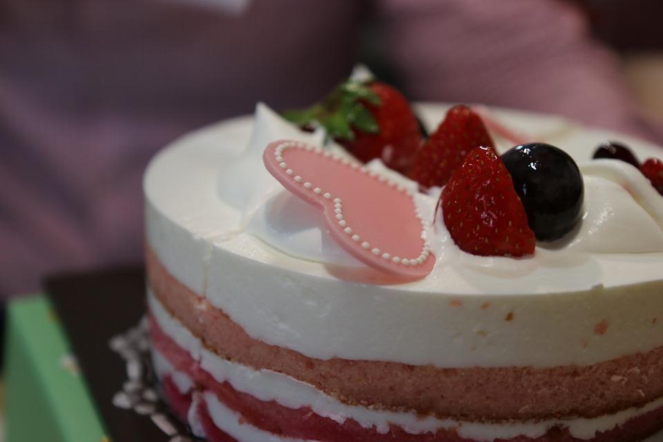Le Meilleur Pâtissier, en famille (M6) : Des enfants gourmands, des candidats emblématique surexcités !