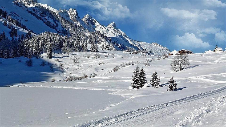 Montagne neige ski noël vacances décembre