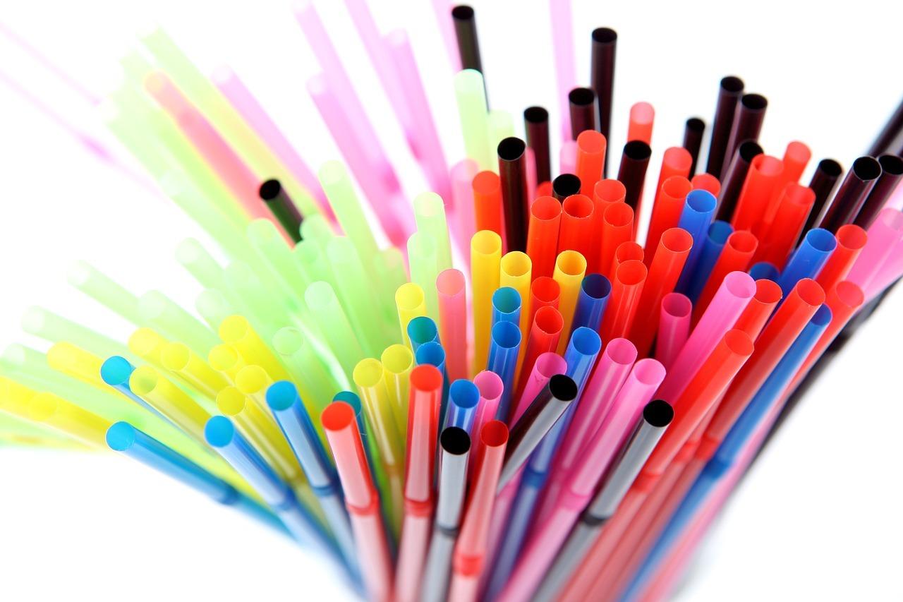 Pailles plastique couleur