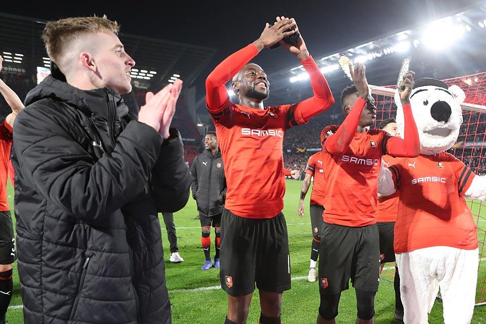 alt=»Rennes fait tomber Arsenal«