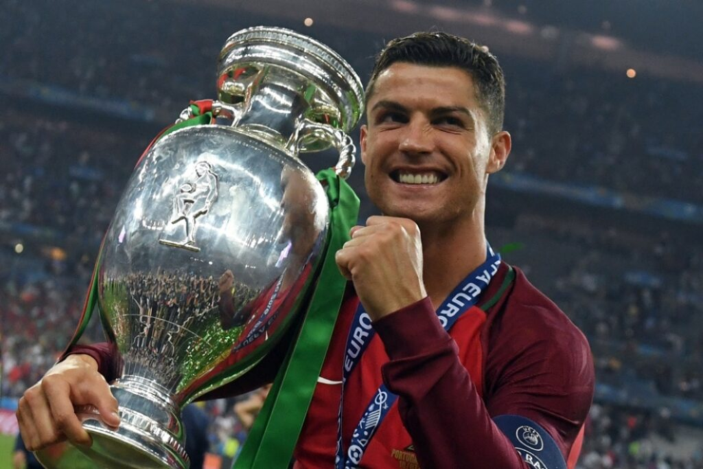 Cristiano Ronaldo, vainqueur de l'Euro 2016 avec son équipe du Portugal.