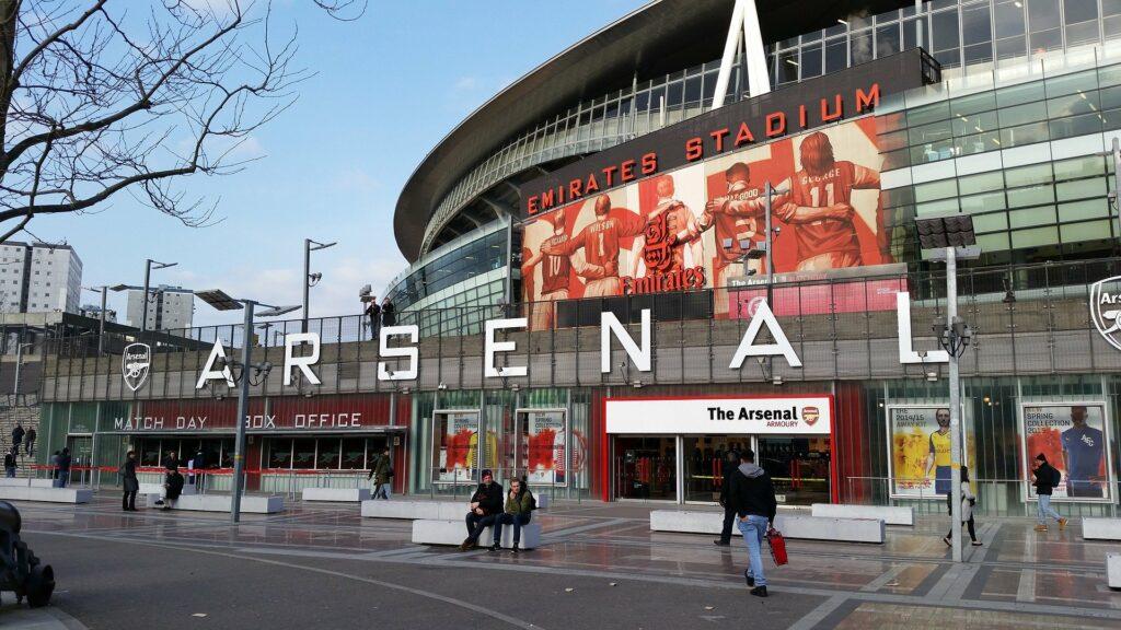 L'Emirates Stadium d'Arsenal, nouvel antre de Mikel Arteta.