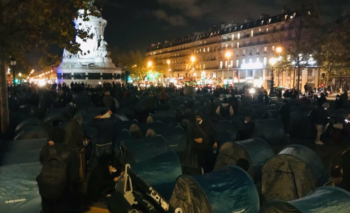 Camp de migrants Place de la République à Paris