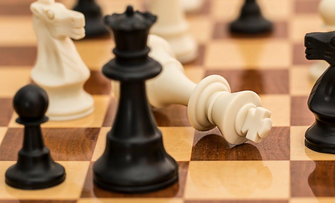 Les échecs rendus célèbres grâce au Jeu de la Dame