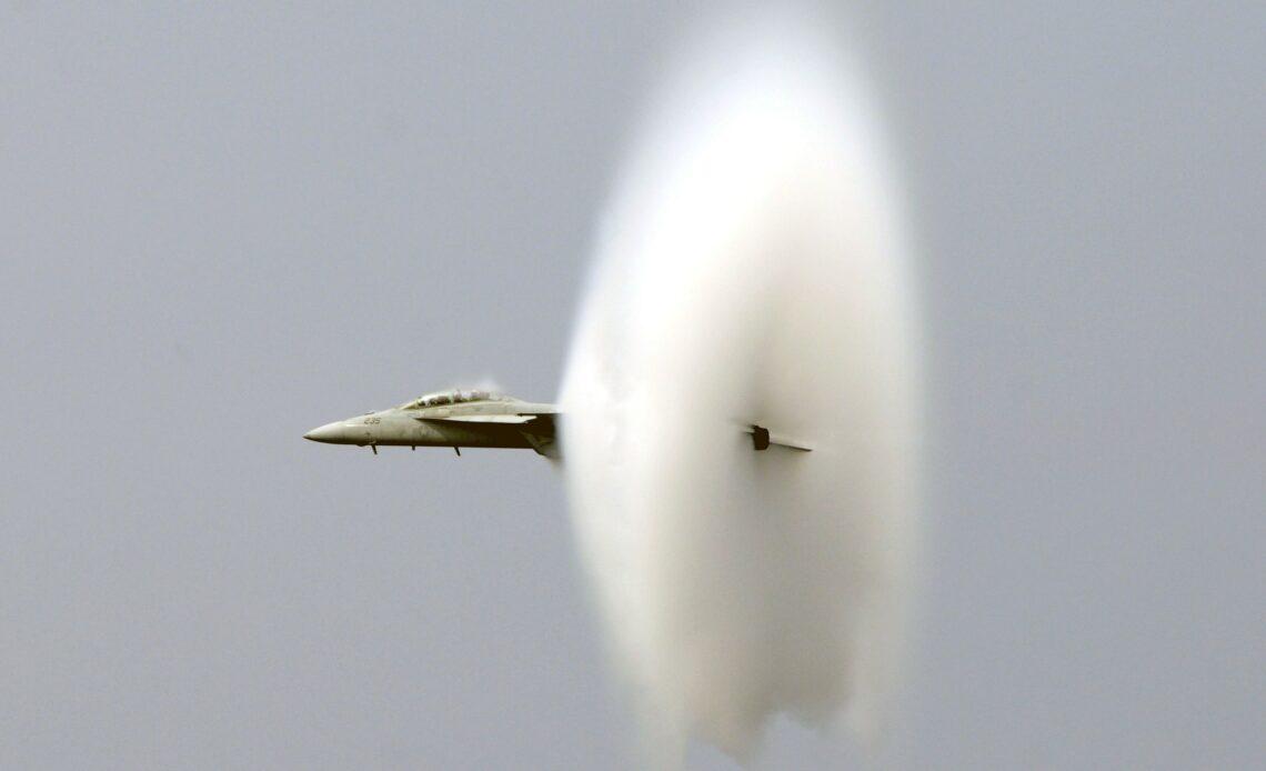 Chuck Yeager, premier pilote à franchir le mur du son est décédé